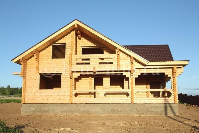 Дом из оцилиндрованного бревна площадью 150-200 квадратов