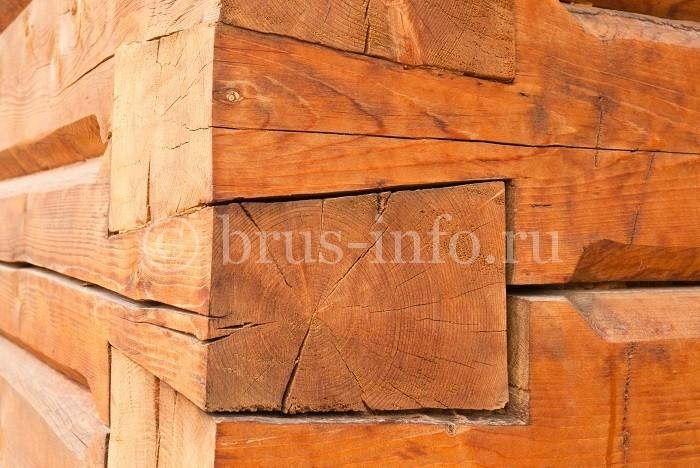 Угол деревянного сруба