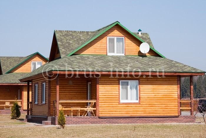 Аккуратный деревянный домик