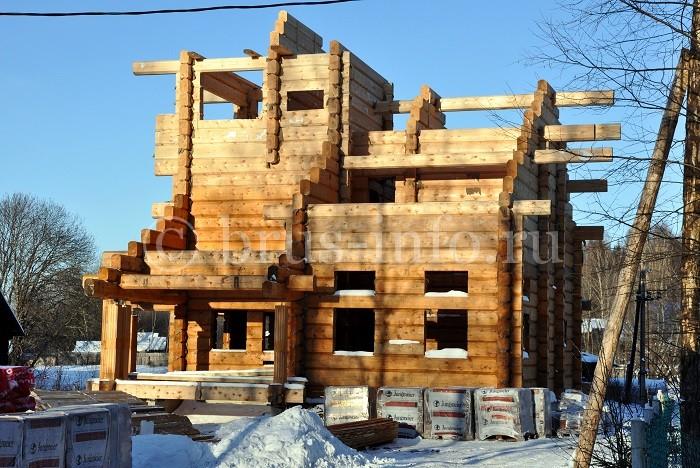 Монтаж второго этажа брусового дома