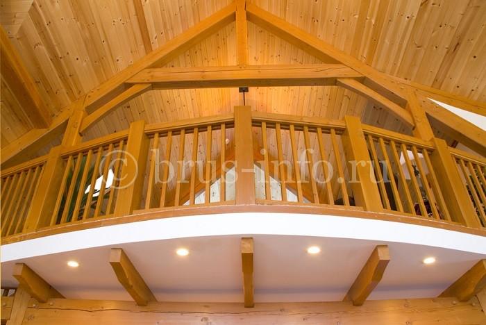 Устройство двухэтажной комнаты  в деревянном доме