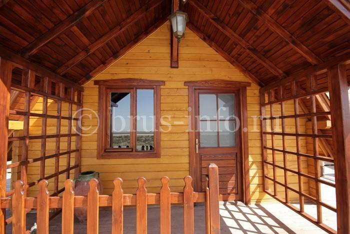 Веранда в деревянном доме