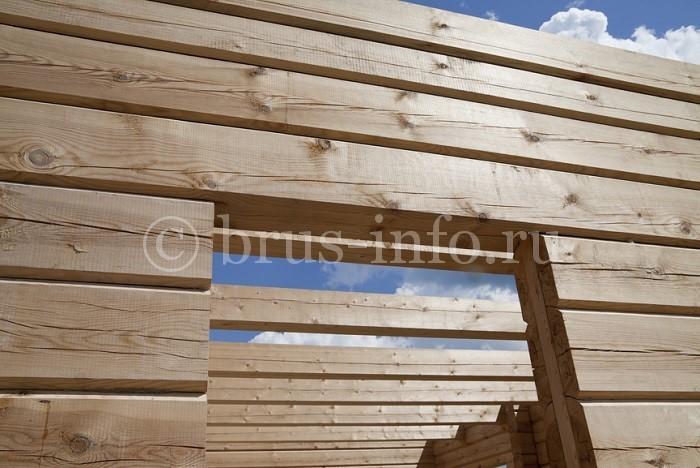 Устройство проёма в деревянном доме