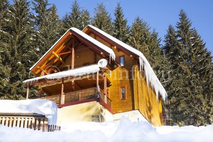 Дом  из бруса в горах