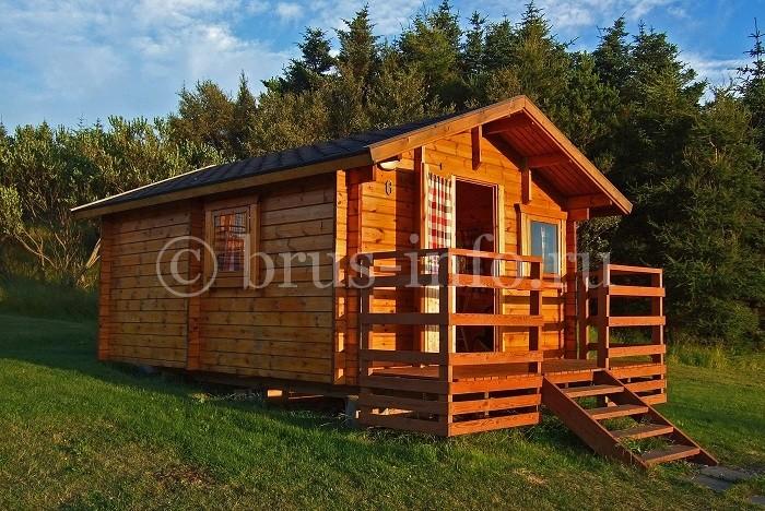 Маленький домик в лесу