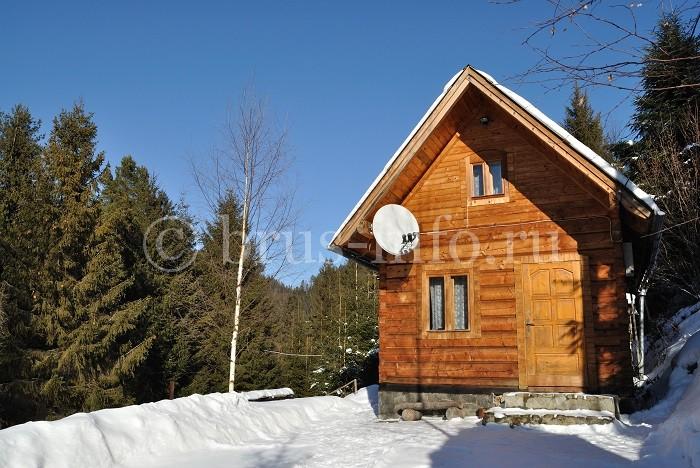 Деревенский домик из бруса