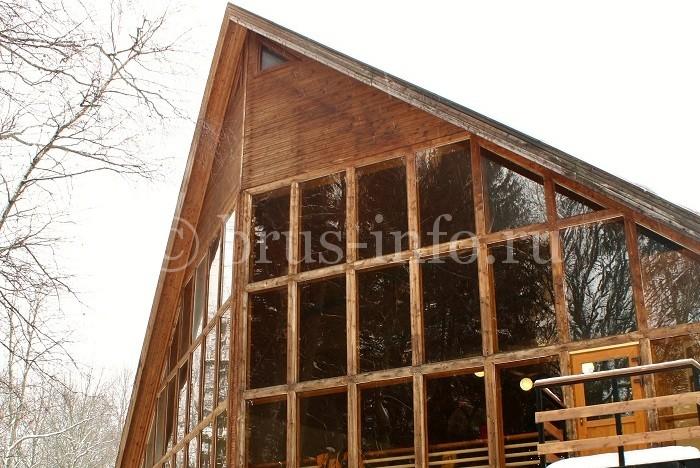 Дом из бруса нестандартной формы