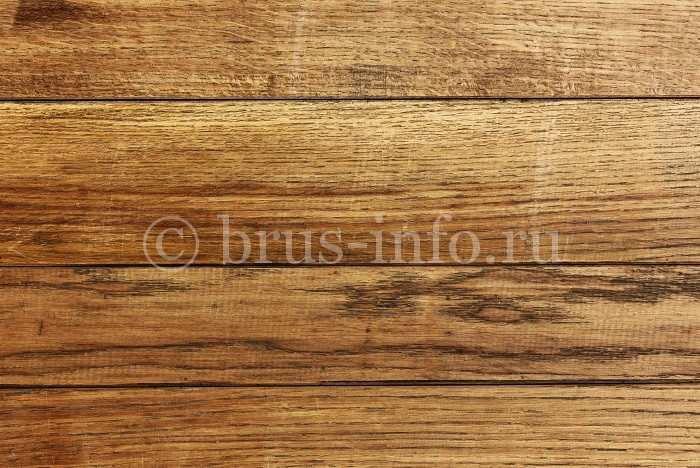 Фрагмент стены деревянного дома