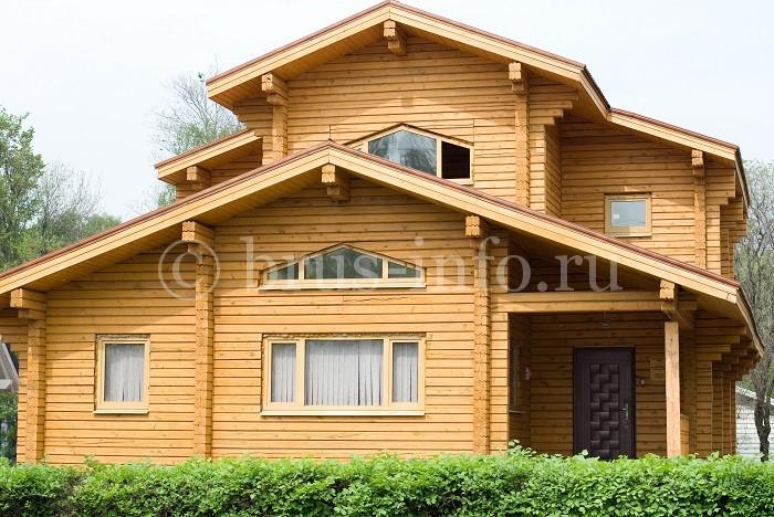 Просторный дом из сухого бруса