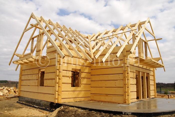 Стропильная конструкция крыши из бруса