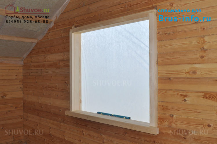 Обсадка окна в деревянном доме